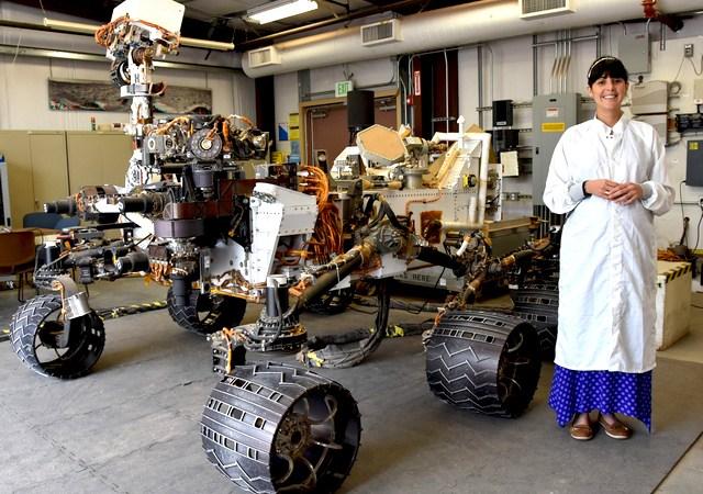 Diana Trujillo, Ingeniera Aeroespacial líder de misión Curiosity NASA -  Cañaverales International School